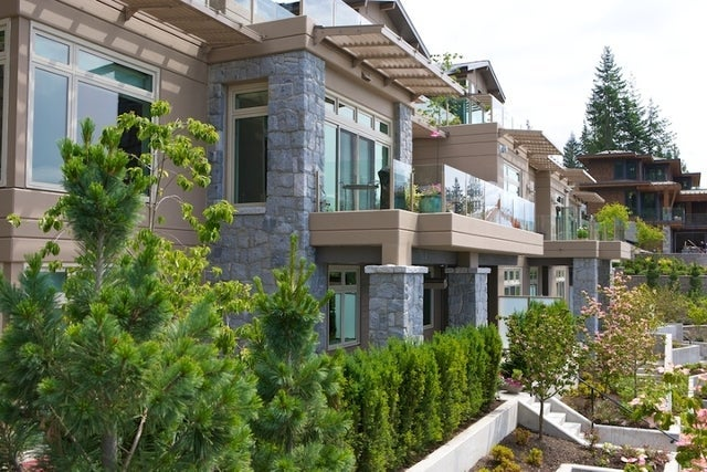 Aerie II   --   2575 GARDEN CT - West Vancouver/Whitby Estates #14