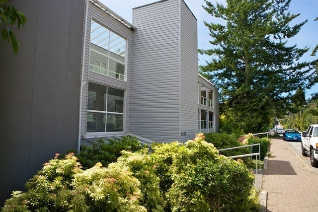 2412 Haywood Ave   --   2412 HAYWOOD AV - West Vancouver/Dundarave #2