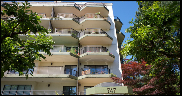 Wesmoor   --   747 17TH ST - West Vancouver/Ambleside #5
