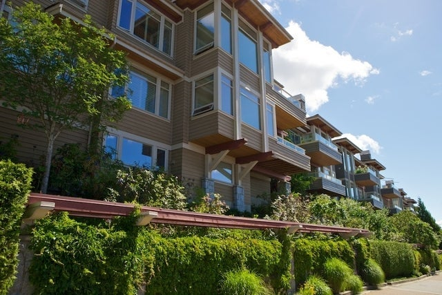 Salishan   --   2466 - 2490 VARLEY LN - West Vancouver/Panorama Village #3