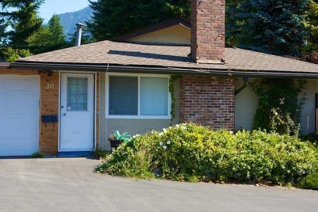 Glenmore   --   30 - 36 GLENMORE DR - West Vancouver/Glenmore #1