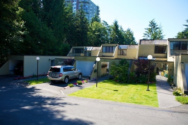312 - 318 Keith Road   --   312 - 318 KEITH RD - West Vancouver/Park Royal #6