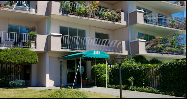 Surfside Towers   --   2187 BELLEVUE AV - West Vancouver/Dundarave #4