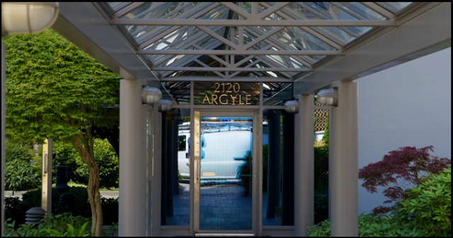 The Ray Building   --   2120 ARGYLE AVENUE - West Vancouver/Dundarave #6