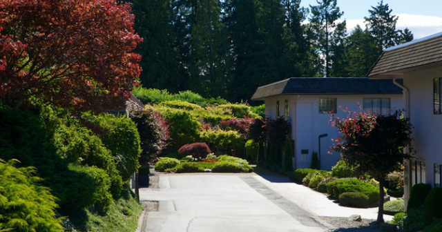 Panorama Village   --   2206 - 2216 FOLKESTONE WY - West Vancouver/Panorama Village #8