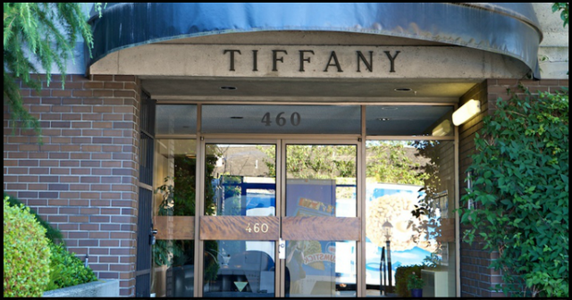 Tiffany Court   --   460 14TH ST - West Vancouver/Altamont #4