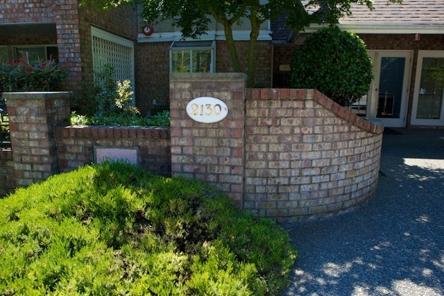 Lincoln Gardens   --   2110 - 2150 MARINE DR - West Vancouver/Dundarave #2