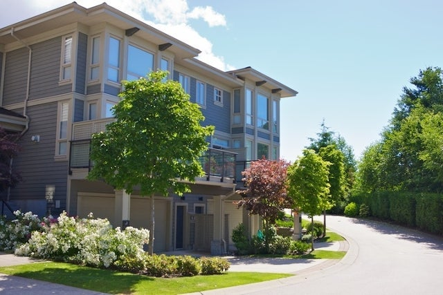Klahaya   --   2403 - 2494 SHADBOLT LN - West Vancouver/Panorama Village #8