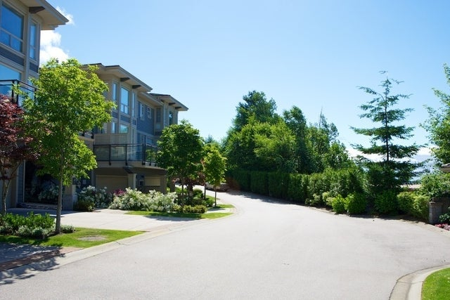Klahaya   --   2403 - 2494 SHADBOLT LN - West Vancouver/Panorama Village #13