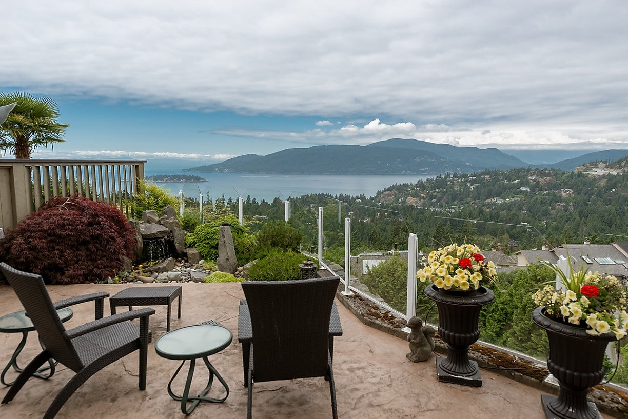 5281 Aspen Cr, West Vancouver - Upper Caulfeild Townhouse for sale, 2 Bedrooms (R2057681) #1